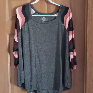 Maurices Plus Top